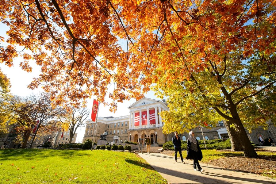 Picture of Bascom Hall in Fall