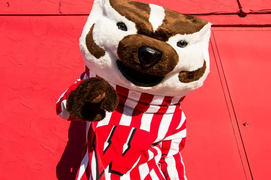 Bucky Badger points at the camera